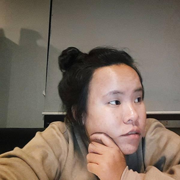 Đoàn Thị Ngọc Duyên - cô gái gây sốt trên mạng với tâm thư về chuyện ngoại hình xấu xí.