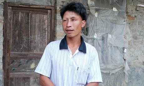Anh Duan Biansheng, 35 tuổi, cũng như nhiều nam giới trong làng, vẫn chưa kết hôn