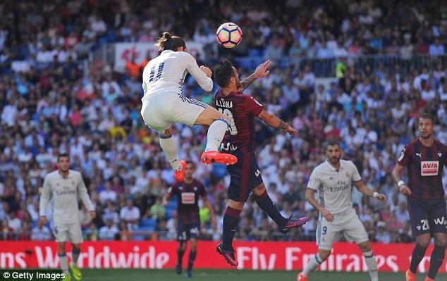 Bale ghi bàn vào lưới Eibar ở lượt đi, nhưng sẽ vắng mặt đêm nay