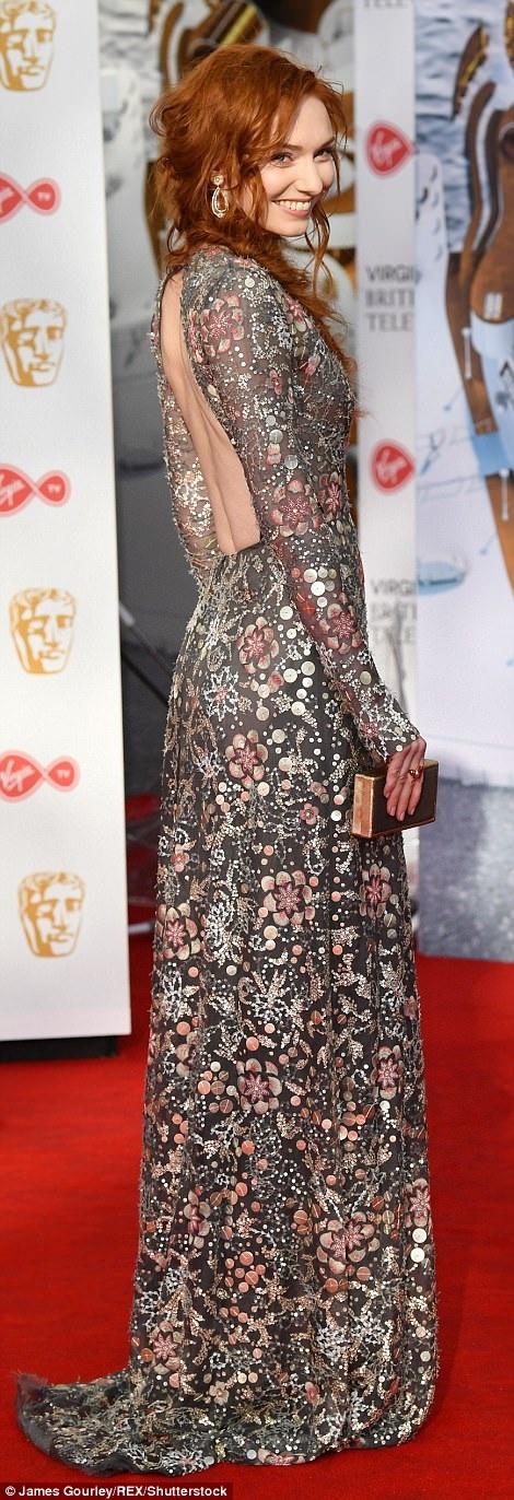 Eleanor Tomlinson lọt Top những sao mặc đẹp nhất trên thảm đỏ sự kiện này