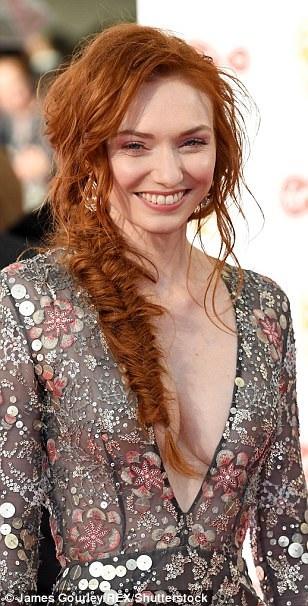 Eleanor Tomlinson được biết tới qua 2 bộ phim Jack the Giant Slayer (2013) và Poldark.