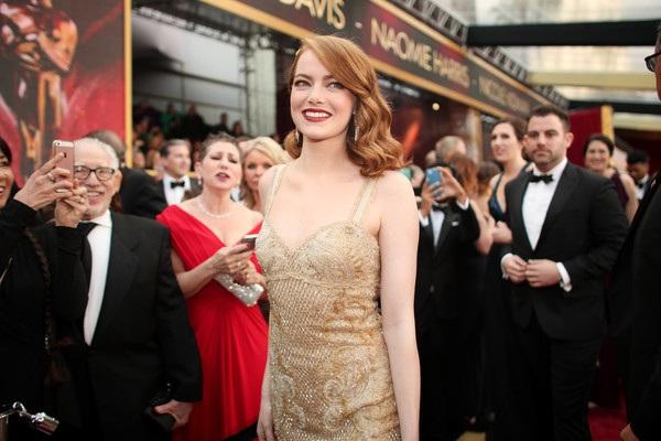 Emma Stone đứng trước cơ hội trở thành chủ nhân tượng vàng Oscar danh giá