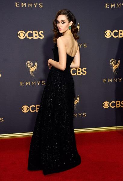 Người đẹp kiều diễm khoe sắc trên thảm đỏ lễ trao giải Emmy - 31