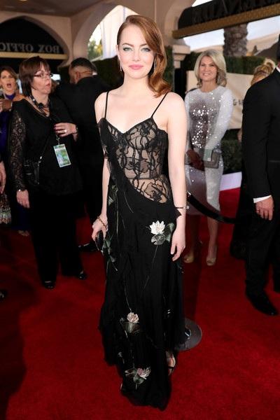 Emma Stone, 29 tuổi, đẹp nổi bật trên thảm đỏ