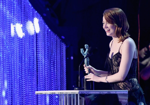 Đây là lần thứ 3 nữ diễn viên xinh đẹp giành giải thưởng điện ảnh uy tín này.