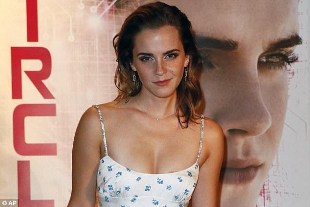 Gần đây cô rất thành công khi tham gia bộ phim Người đẹp và quái thú