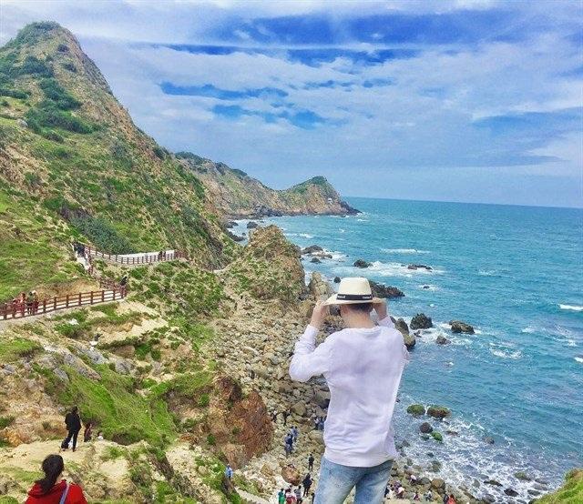 Nước biển trong xanh với cảnh đẹp mê hồn, Eo Gió xứng đáng được gọi là thiên đường biển ở Việt Nam. Ảnh:@jay_miin95