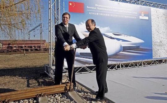 Lễ khởi công xây dựng tuyến đường sắt Belgrade-Budapest ở TP Novi Sad – Serbia cuối năm 2015 Ảnh: Tân Hoa Xã