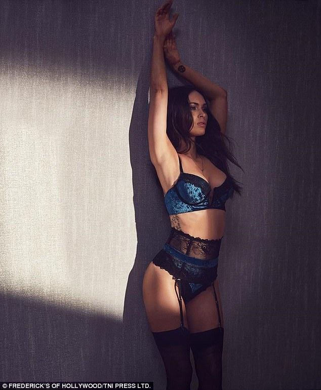 Megan Fox đẹp hoàn hảo trong bộ ảnh quảng cáo nội y của Fredericks of Hollywood
