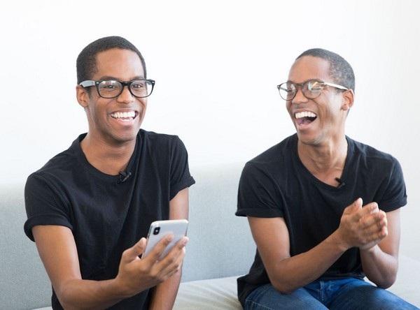 Một trong hai cặp sinh đôi tham gia thử nghiệm, Face ID đã bị đánh lừa dù cặp đôi này có mang kính hay không