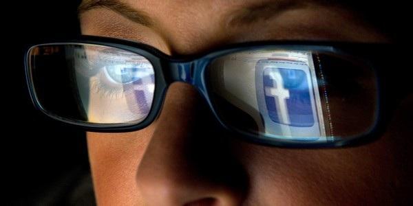 Facebook có đang âm thầm theo dõi người dùng để phục vụ cho mục đích quảng cáo?
