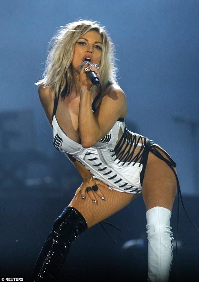 Ca sỹ Fergie trình diễn bốc lửa tại Rio de Janeiro, Brazil ngày 16/9 vừa qua