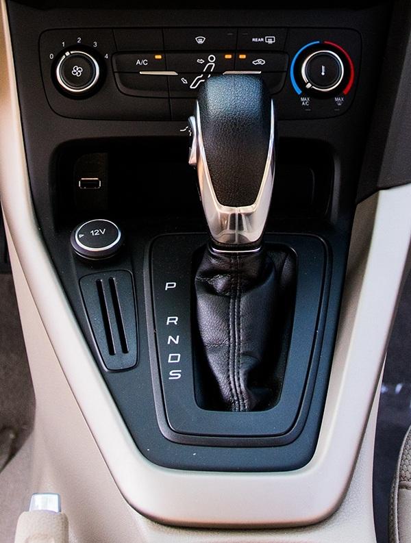 Ford Focus Trend - Những tính năng dành riêng cho phái nữ - 3