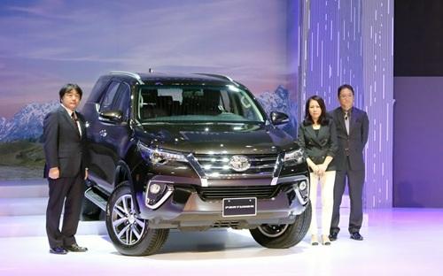 Một mẫu xe bán chạy như Fortuner cũng đã được Toyota chuyển sang nhập khẩu từ Indonesia thay vì tiếp tục lắp ráp trong nước để dồn sản lượng cho các mẫu xe khác như Vios hay Corolla Altis.