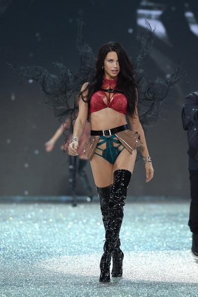 Victorias Secret đánh giá Thượng Hải là thị trường lớn tại Châu Á nên mới quyết định tổ chức show diễn tại đây
