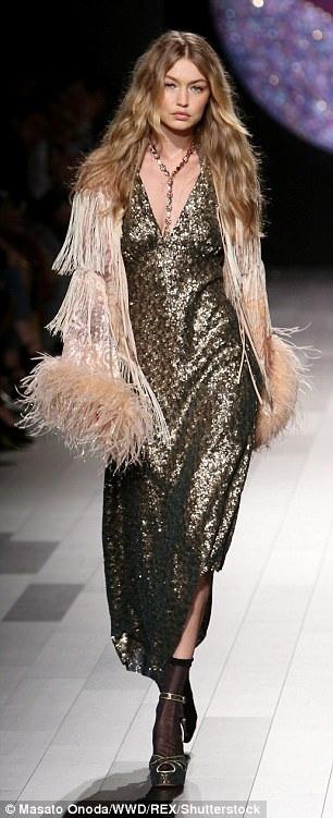 Người đẹp 22 tuổi, cao 1,78m tham gia nhiều show diễn lớn tại tuần lễ thời trang New York năm nay