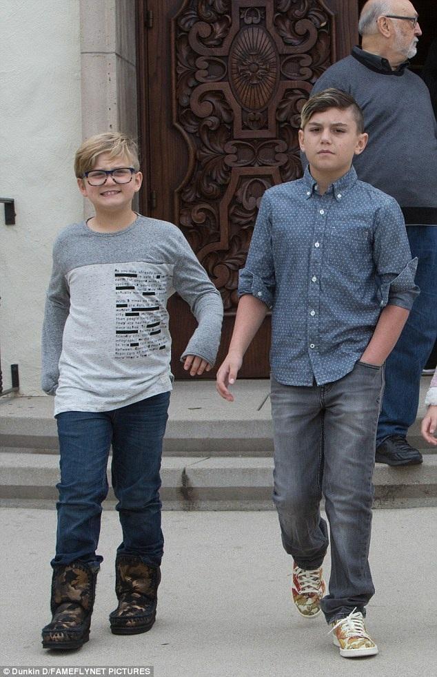 Hai con trai lớn của Gwen là Kingston, Zuma trông rất ra dáng hot boy