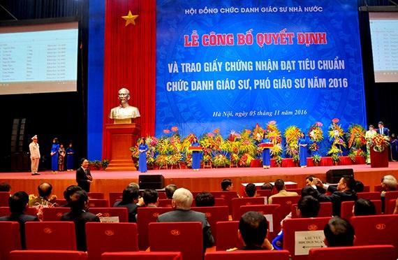 Dự thảo về tiêu chuẩn, thủ tục bổ nhiệm, miễn nhiệm chức danh GS, PGS mà Bộ GD&ĐT đang xin ý kiến hướng tới mục tiêu nâng cao chất lượng GS, PGS Việt Nam.