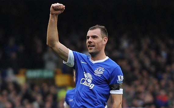 Gibson cũng không tìm được chỗ đứng ở Everton