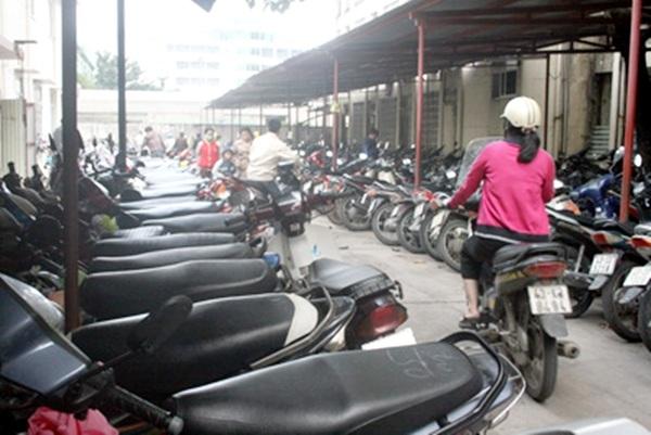 Việc bỏ miễn phí giữ xe ở bệnh viện công lập của Đà Nẵng được đề nghị đưa ra kỳ họp sắp tới của HĐND TP. để xem xét
