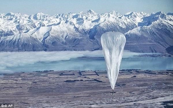 Những chiếc khí cầu thuộc dự án Project Loon tiếp tục thực hiện tham vọng phủ sóng Internet toàn cầu của Google