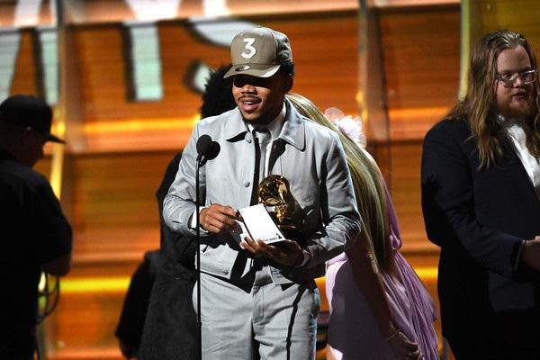 Chance the Rapper giành giải Nghệ sĩ mới xuất sắc nhất tại Grammy 2017