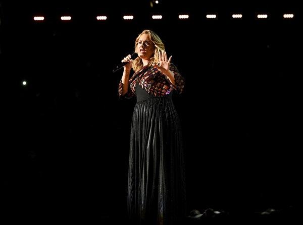"""""""Hello"""" của Adele giành cú """"đúp"""" tại lễ trao giải Grammy 2017 - 10"""
