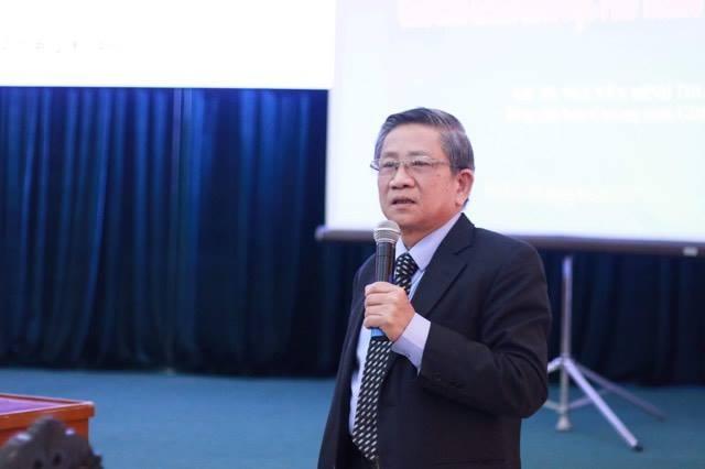 GS.TS Nguyễn Minh Thuyết cho biết, với chương trình mới, chúng ta sẽ tiến tới bỏ kỳ thi THPT Quốc gia, giao việc xét tốt nghiệp cho cấp trường.