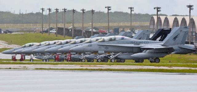 Các máy bay Mỹ tại căn cứ không quân Andersen trên đảo Guam vào năm 2014 (Ảnh: Reuters)