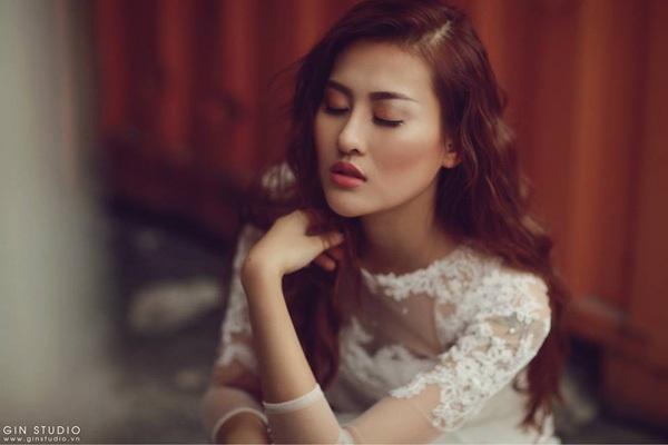 Ngỡ ngàng nhan sắc ngày càng khác lạ của hot girl Hà Lade - 12