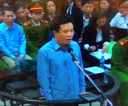 Hà Văn Thắm khai, nhiều lần đưa tiền cho Thắng để Thắng chuyển tiền cho Sơn nhưng không nói đó là tiền gì.