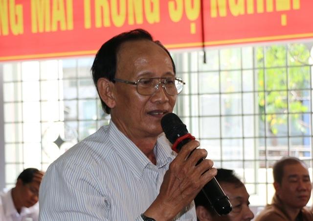 Cử tri Nguyễn Hữu Hải nêu câu hỏi với đoàn đại biểu QH TP Cần Thơ