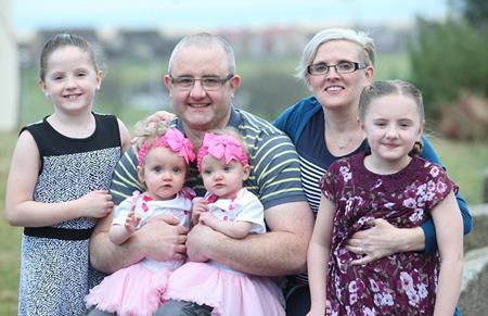 Ben và Zoe mới tổ chức một sinh nhật khá hoành tráng cho 4 con gái của mình