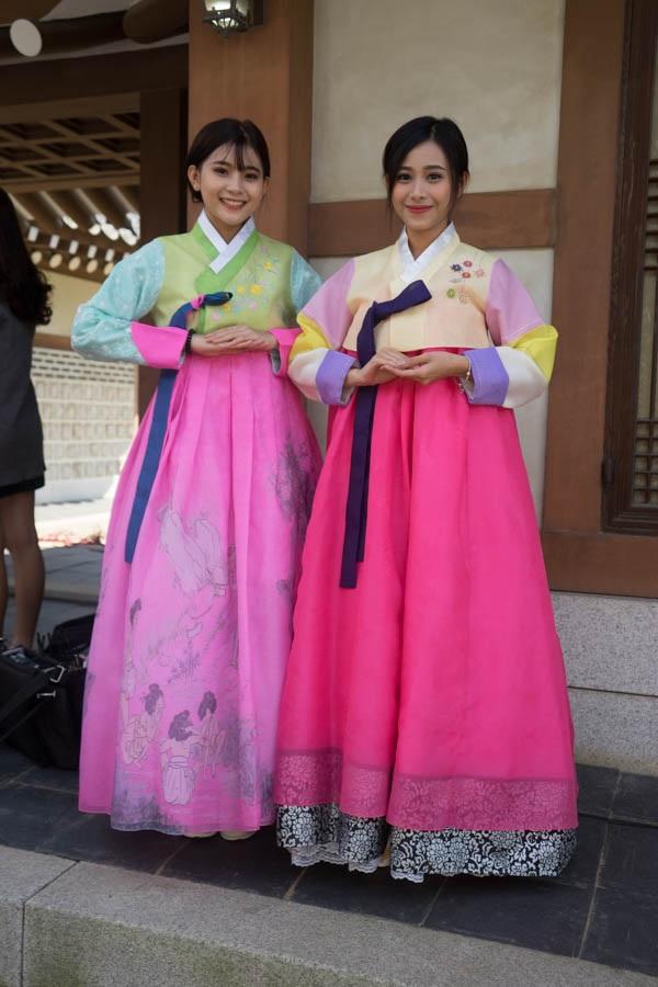 Phương Dung – Minh Tuyền trông như những nàng công chúa nhỏ