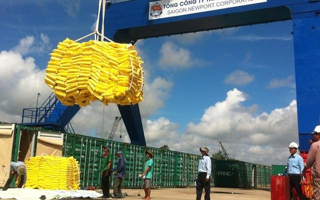 Chuyến tàu thương mại đầu tiên cập cảng Cái Cui khai trương luồng biển trọng tải lớn vào cửa sông Hậu đi qua luồng Quan Chánh Bố ở Trà Vinh
