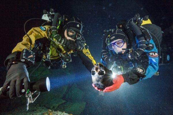 """Bộ xương người cổ nhất châu Mỹ được tìm thấy ở nghĩa địa """"Hố đen"""" của Mê-xi-cô - 3"""