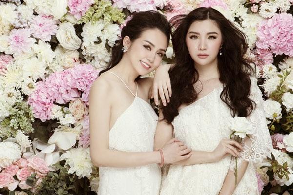 Hương Baby và Hạnh Sino thân thiết như chị em sinh đôi - 9