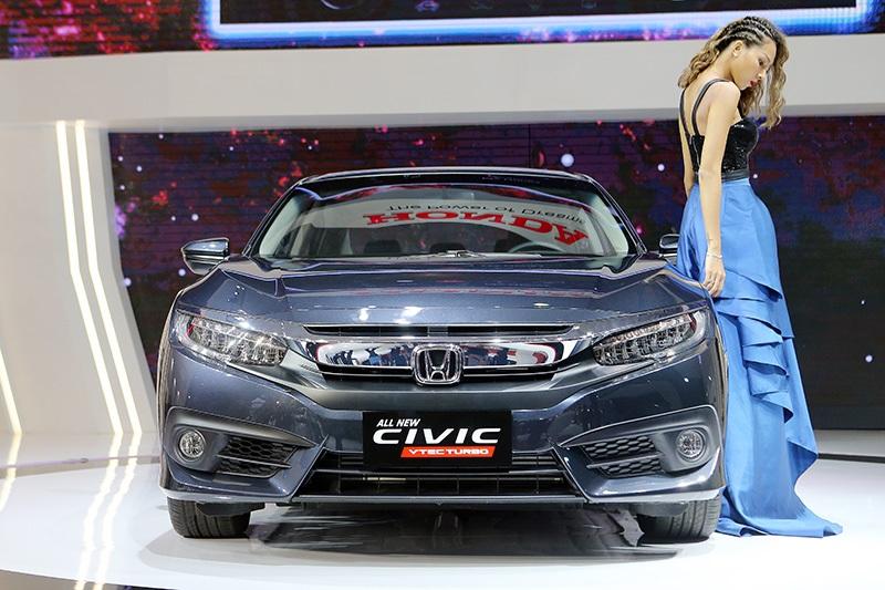"""Mazda3 và Honda Civic Turbo: Dễ dàng hơn nếu không có """"cá vàng"""" - 2"""
