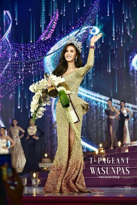 Trước đêm chung kết, Yoshi Rinrada Thurapan đã được dự đoán là ứng cử viên sáng giá cho vương miện hoa hậu. Chiến thắng của cô hoàn toàn thuyết phục và được mọi người ủng hộ.