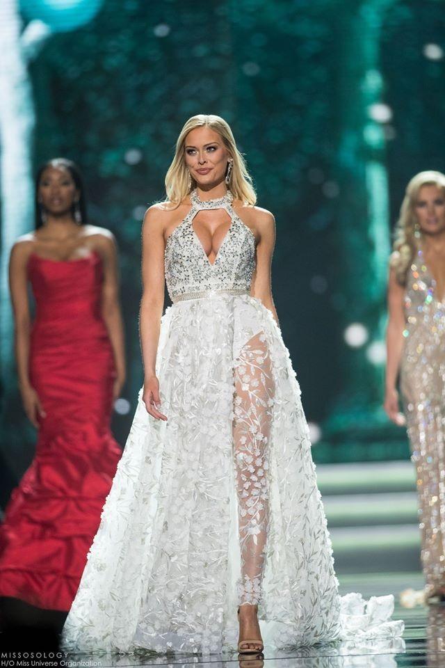Nhà khoa học 25 tuổi trở thành Hoa hậu Mỹ năm 2017 - 18