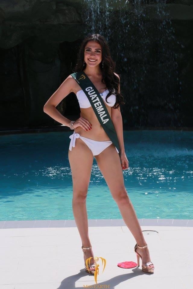 Mãn nhãn với phần trình diễn áo tắm của Hoa hậu Trái đất 2017 - 26