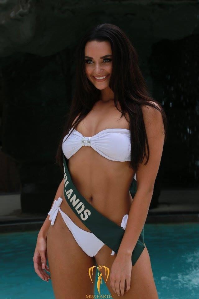 Mãn nhãn với phần trình diễn áo tắm của Hoa hậu Trái đất 2017 - 36