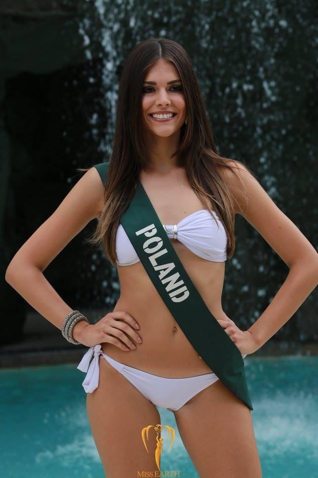 Mãn nhãn với phần trình diễn áo tắm của Hoa hậu Trái đất 2017 - 42
