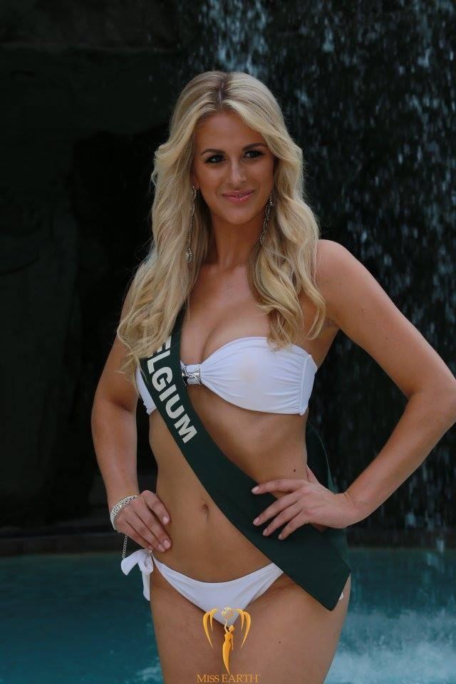 Mãn nhãn với phần trình diễn áo tắm của Hoa hậu Trái đất 2017 - 49