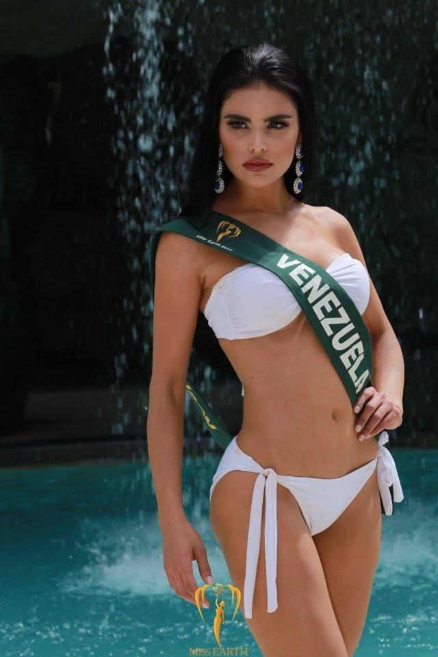 Mãn nhãn với phần trình diễn áo tắm của Hoa hậu Trái đất 2017 - 51