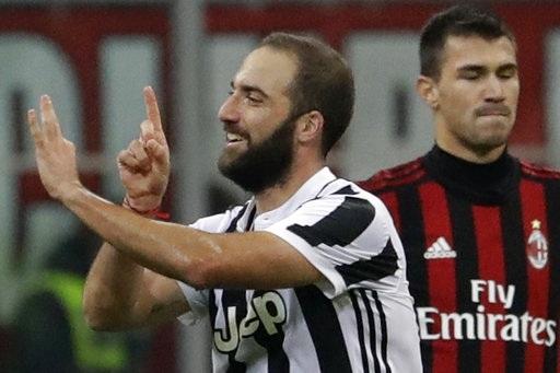Higuain rực sáng với cú đúp cho Juventus