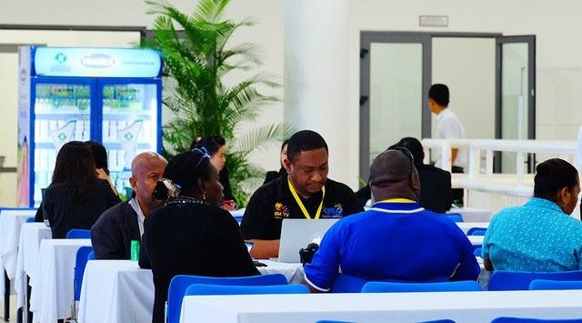 Đa dạng các loại sản phẩm sữa, sữa chua và nước trái cây của Vinamilk được phục vụ trong Hội nghị APEC (Ảnh: Xuân Ngọc)