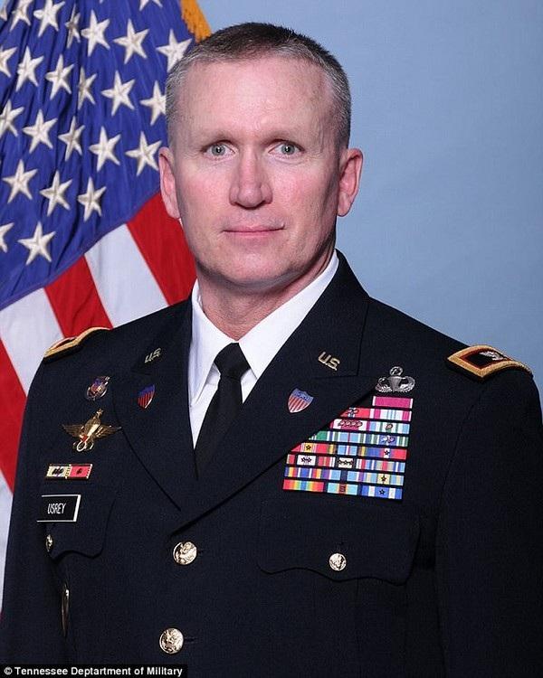 Đại tá Jack L. Usrey đã phục vụ trong quân đội Mỹ suốt 29 năm qua