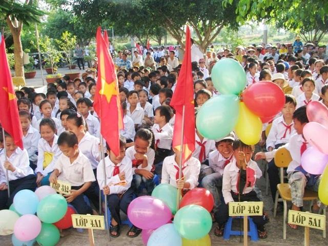 Học sinh Bạc Liêu tựu trường sớm nhất ngày 7/8.