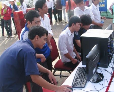 UBND tỉnh Bạc Liêu yêu cầu Sở GD-ĐT chấn chỉnh việc dạy, thi và cấp chứng chỉ ngoại ngữ, tin học cho giáo viên. (Ảnh minh họa)
